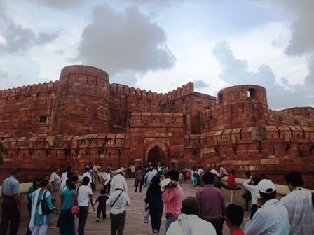 2011 インド旅行 440アーグラ城塞 リサイズ.jpg