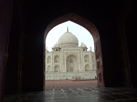 2011 インド旅行 416 リサイズ モスク内から撮影.jpg